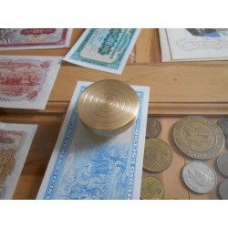 Silver Dollar Size Coin / Billet Box